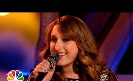 "Caroline Pennell: ""Dog Days Are Over"" - The Voice"
