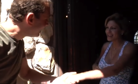 Guy Shows Up at Facebook Friends' Homes in Real Life, Confusion and Laughs Ensue