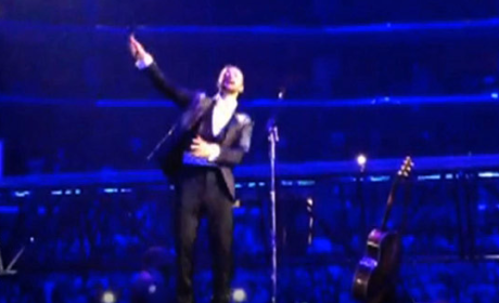 Justin Timberlake Channels Michael Jackson in Concert: Watch!