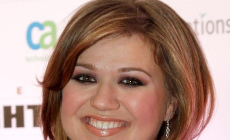 Brandon Blackstock: Cheating on Kelly Clarkson With Pregnant Mistress?!