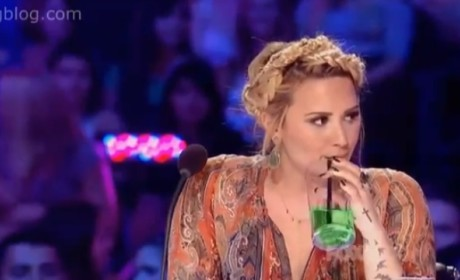 Demi Lovato Drinks Annoying Juice!