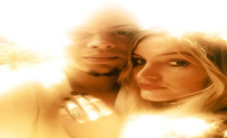 Ashlee Simpson: ENGAGED!