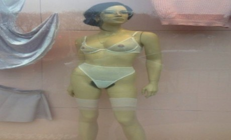 American Apparel Pubic Hair Mannequin Stops Traffic, Stirs Controversy