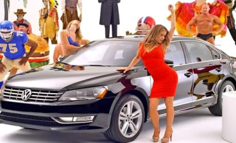 Volkswagen Super Bowl Commercial Teaser: Carmen Electra! Babies! Puppies!
