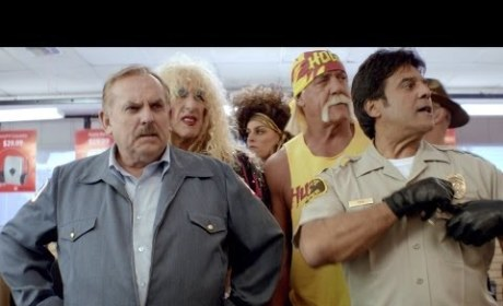 RadioShack Super Bowl Commercial: Party Like it's 1986!