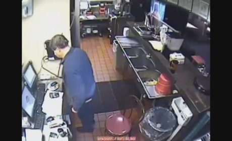 Pizza Hut Manager Pees in Sink, Shockingly Loses Job
