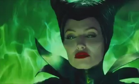 Maleficent Trailer: Angelina Jolie Spreads Her Wings