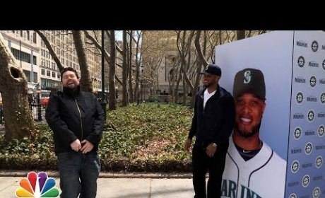 Robinson Cano Pranks Booing Yankee Fans on The Tonight Show