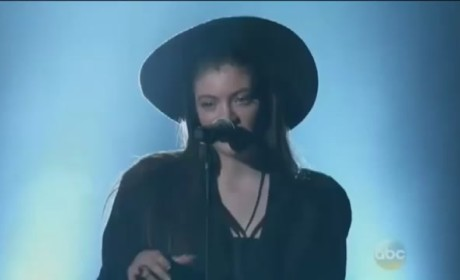 Lorde Billboard Music Awards Performance 2014
