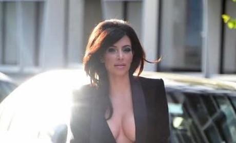 Kim Kardashian: Crazy Cleavage Alert!