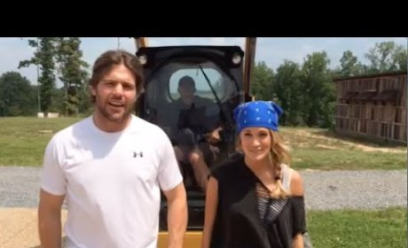 Carrie Underwood Accepts Ice Bucket Challenge