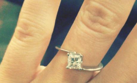 Jessa Duggar Shows Off Engagement Ring, Gushes Over Ben Seewald