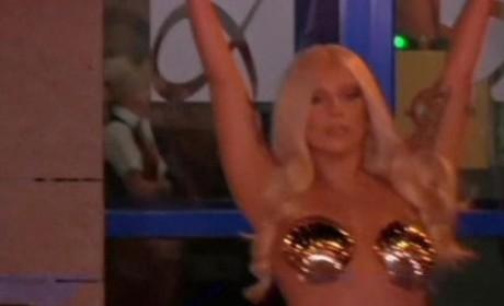 Lady Gaga: Goddess!