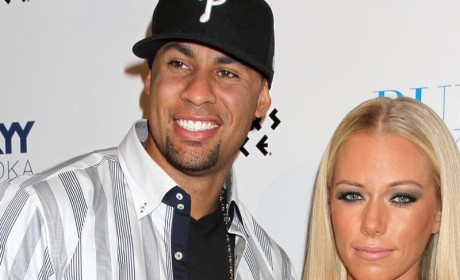 Hank Baskett: Still Wearing Wedding Ring! Back Together With Kendra?