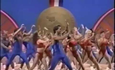 Taylor Swift Presents 1989 Aerobics Championship - Shake It Off