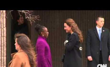 Kate Middleton Visits Harlem Children's Center, Helps Wrap Christmas Presents