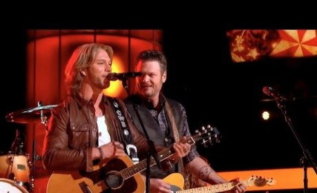 Blake Shelton and Craig Wayne Boyd - Boots On (The Voice Finals)