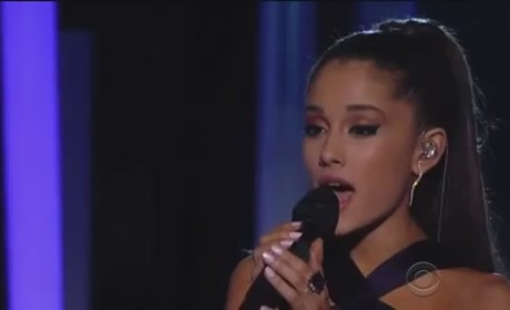 "Ariana Grande Grammy Awards Performance: ""Just a Little Bit of Your Heart"" Ballad Brings House Down"