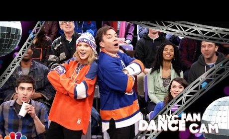 Taylor Swift and Jimmy Fallon Dance Awkwardly, Hilariously on the Jumbotron