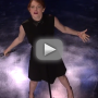 Emma-stone-lip-syncs-against-jimmy-fallon