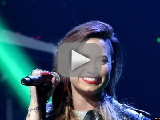 Demi Lovato Responds to Haters with Love on Twitter, Tells Fans to Rise Above Bullying