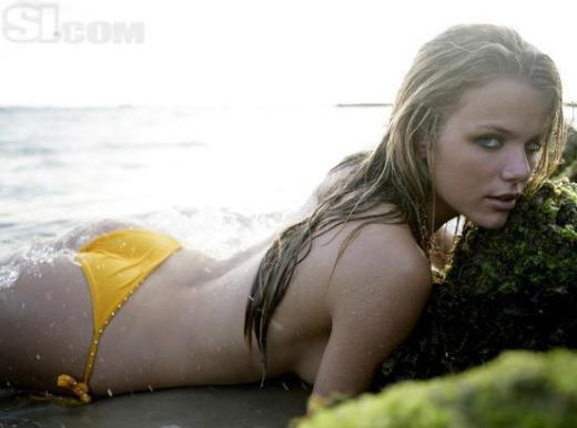 Brooklyn Decker Topless