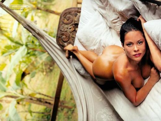 Brooke Burke Nude Pic