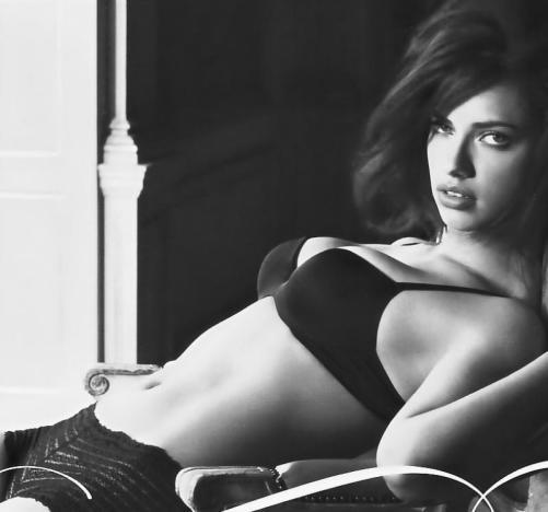 Hot Adriana Lima