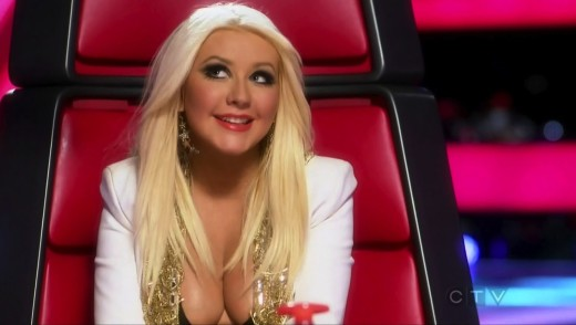 Christina Aguilera Cleavage Photo