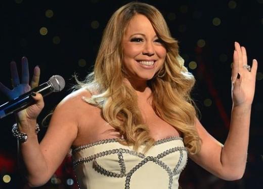 Mariah Carey Wardrobe Malfunction