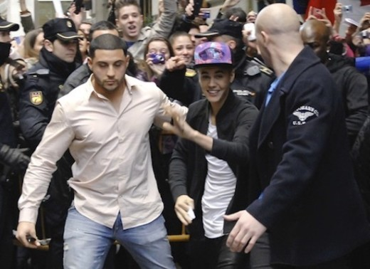 Justin Bieber Waves to Fans