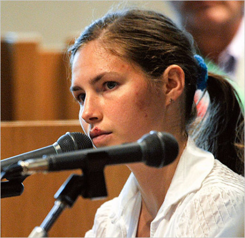 Amanda Knox - The Hollywood Gossipamanda knox