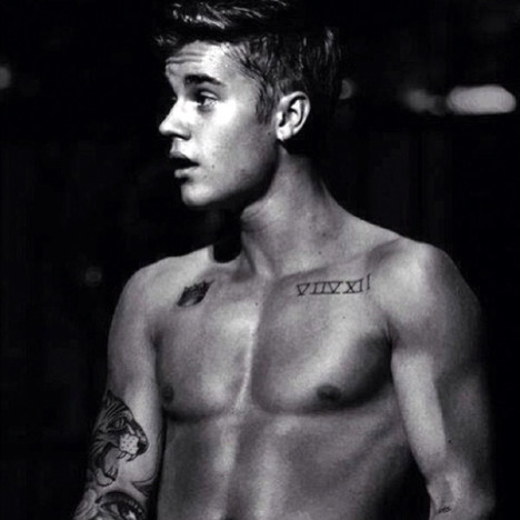 Justin Bieber Shirtless Style