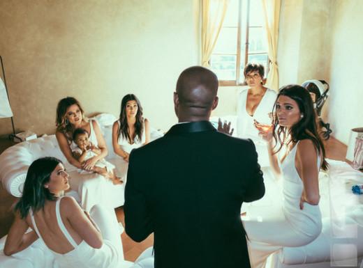 Kanye and Many Kardashians