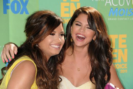 Old School Demi and Selena
