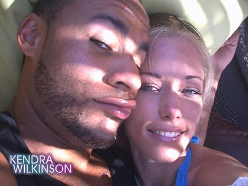 Kendra Wilkinson, Baskett Case