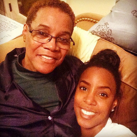 Kelly Rowland, Mother