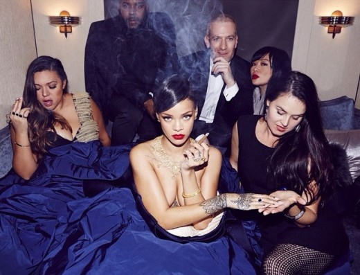 Rihanna: Naked Weed-Smoking Photo