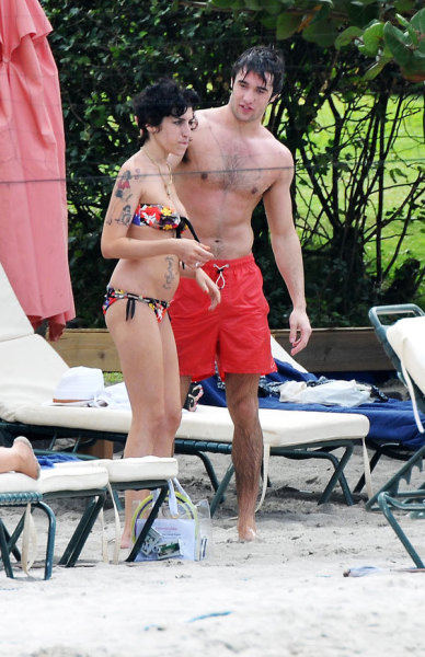 Josh Bowman, Amy Winehouse