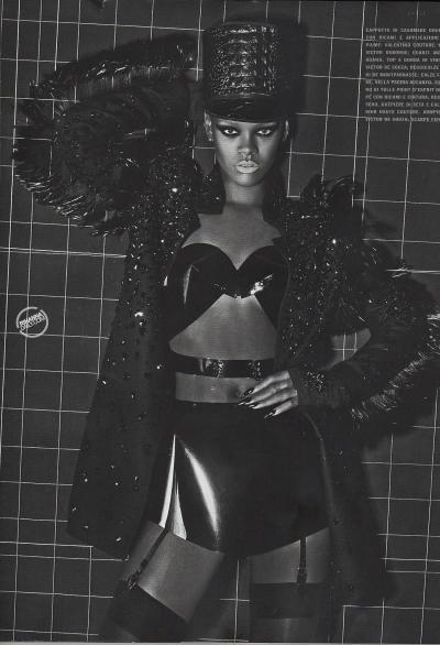 A Rihanna Bikini Pic