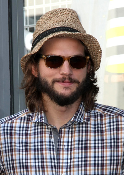 Photo of Ashton Kutcher