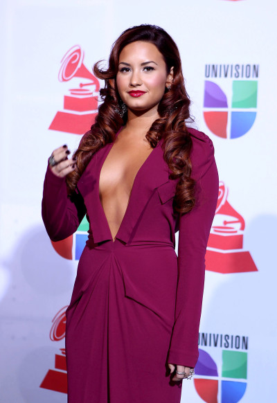 Demi Lovato Latin Grammys Outfit