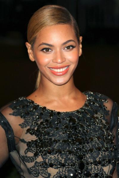 Beyonce Close-Up