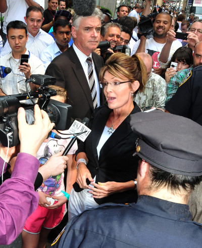 Sarah Palin, Center of Attention