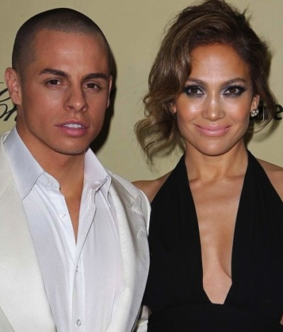 Jennifer Lopez and Casper Smart Pic
