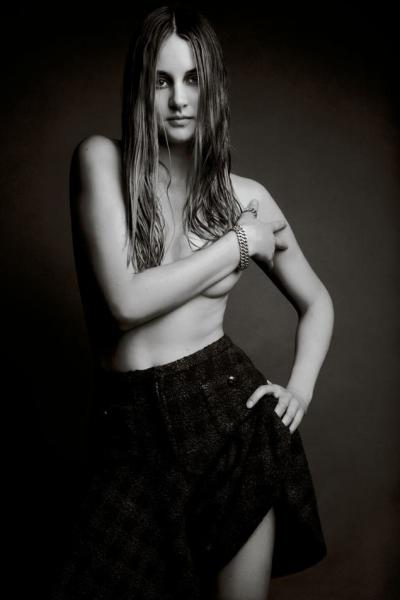 Shailene Woodley Topless