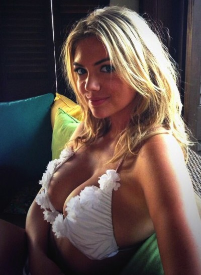 Kate Upton Bikini Photo: HOT!
