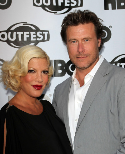 Tori Spelling and Dean McDermott Red Carpet Image