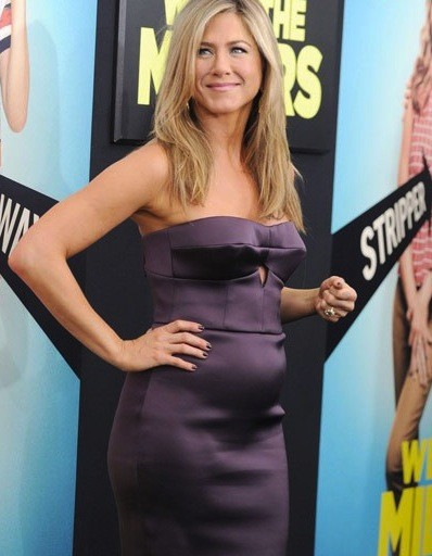 Jennifer Aniston Baby Bump Photograph