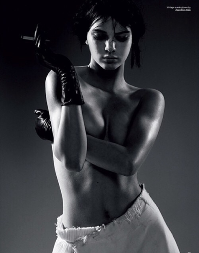 Kendall Jenner Naked, Smoking